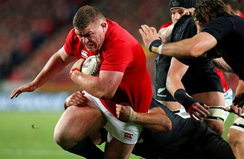 Tadhg Furlong - Some huge carries yet again that inched the Lions through what otherwise seemed an impregnable black wall. Joe Moody seemed to have his number when locking horns in opening 40 minutes but the scrum solidified in the third quarter. Rating: 7/10