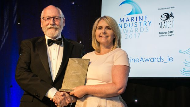 Prof. Sarah Culloty, Director Environmental Research Institute, UCC presents the Excellence in Marine Education & Training Award to Viv Gough, National Maritime College of Ireland.