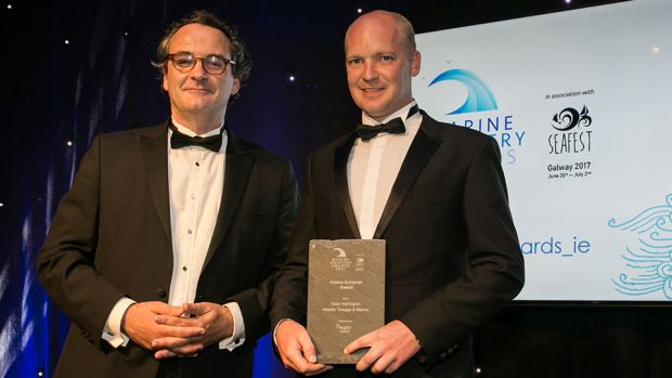 Prof. Jerry Murphy, MaREI Centre Director, MARei presents the Future Achiever Award to Sean Harrington, Atlantic Towage & Marine.