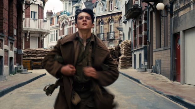Fionn Whitehead in a scene from Christopher Nolan's Dunkirk Fionn Whitehead in a scene from Christopher Nolan's Dunkirk