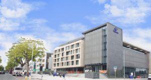 35 000 for girl scarred by broken swimming pool tile for Hilton kilmainham swimming pool