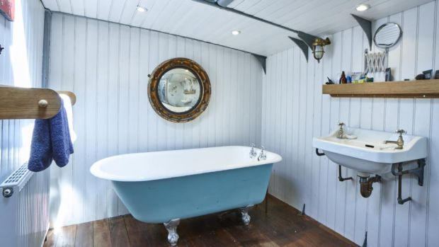 Xylonite: the Dunkirk boat's bathroom