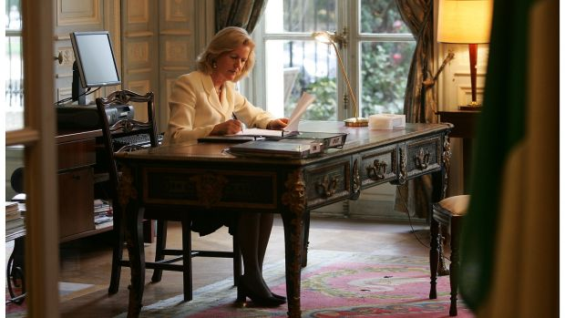 Ambassador Anne Anderson at the Irish Embassy in Paris back in 2006. Photograph: Alan Betson