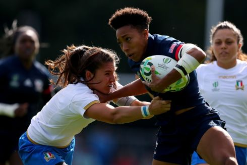 2017 Women's Rugby World Cup Pool B, UCD Bowl. USA's Kris Thomas and Maria Magatti of Italy Photo: INPHO/Bryan Keane