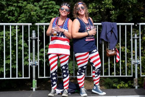 2017 Women's Rugby World Cup Pool B, UCD Bowl. USA's fans Malissa Boyle and Emily Ramsey  Photo: INPHO/Bryan Keane