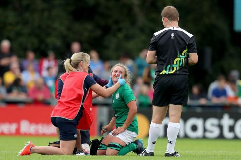 Ireland's Ashleigh Baxter receives medical attention. Photo: Dan Sheridan/Inpho