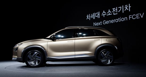 Hyundai to refocus on electric cars to beat business blues hyundais new kona blur in electric crossover solutioingenieria Image collections