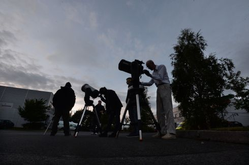 21/08/2017 NEWS. The scene at Astronomy Ireland Headquarters in Blanchardstown  for  partial  Solar  eclipse, last night. Photograph: Cyril Byrne / THE IRISH TIMES