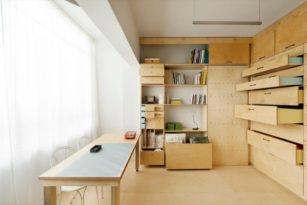 Modernist studio apartment in Tel Aviv, Israel. Photograph: Sylvia Yearit Sheftel, sylyaphotograph.com