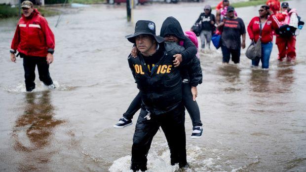 Harvey Rain Is Heaviest in History; 8 Confirmed Dead
