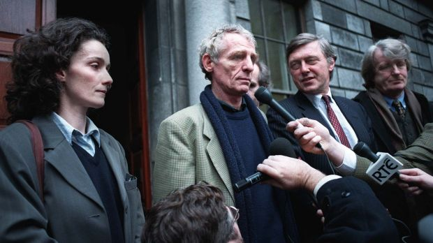 Proinsias de Rossa libel trial: Eamon Dunphy with his partner, Jane Gogan, David Palmer of Independent Newspapers and Aengus Fanning, editor of the Sunday Independent, outside court in 1997