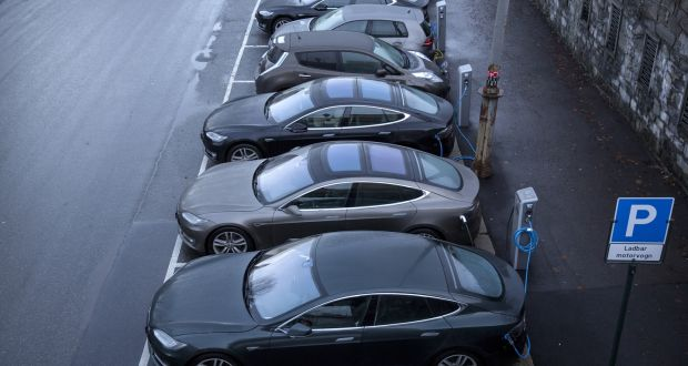 Car Firms Accused Of Not Putting In The Effort To Sell Electric Cars