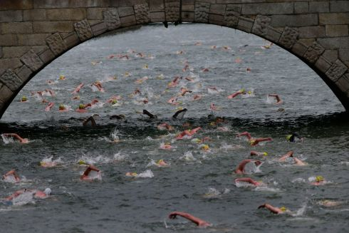 General view  as the competitors swim down the Liffey.  Photograph Nick Bradshaw / The Irish Times