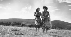 Country girls: Edna O'Brien's invocation of women characters who dared desire more from life than the traditional domestic and sexual servitude was revolutionary. Photograph: Thurston Hopkins/Picture Post/Getty