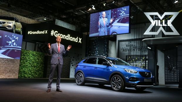 Opel CEO Michael Lohscheller introduces the firm's new Grandland X, aimed to take on the likes of the Nissan Qashqai