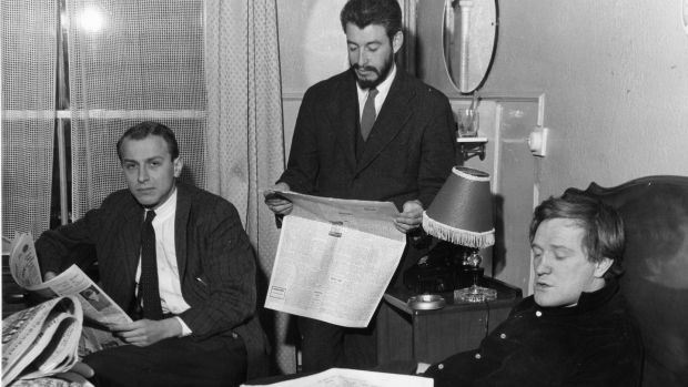 """The Ginger Man in the Gaiety in 1959. Left to right: Producer Philip Wiseman, JP Donleavy and actor Richard Harris Photograph: Dermot Barry/The Irish Times"