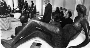 Bill Finnigan, director of public relations, Gulf Oil Company Eastern Hemisphere, sponsors of Rose '71, speaking at a press conference in the Municipal Gallery of Modern Art, Dublin. Photograph: Gordon Standing
