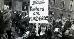 1984 - 1/03/1984 - page 1 - A young girl who took part in the anti-drugs march in Dublin yesterday.  Photograph: Kevin McMahon  / THE IRISH TIMES   . . . neg no 84/2/288