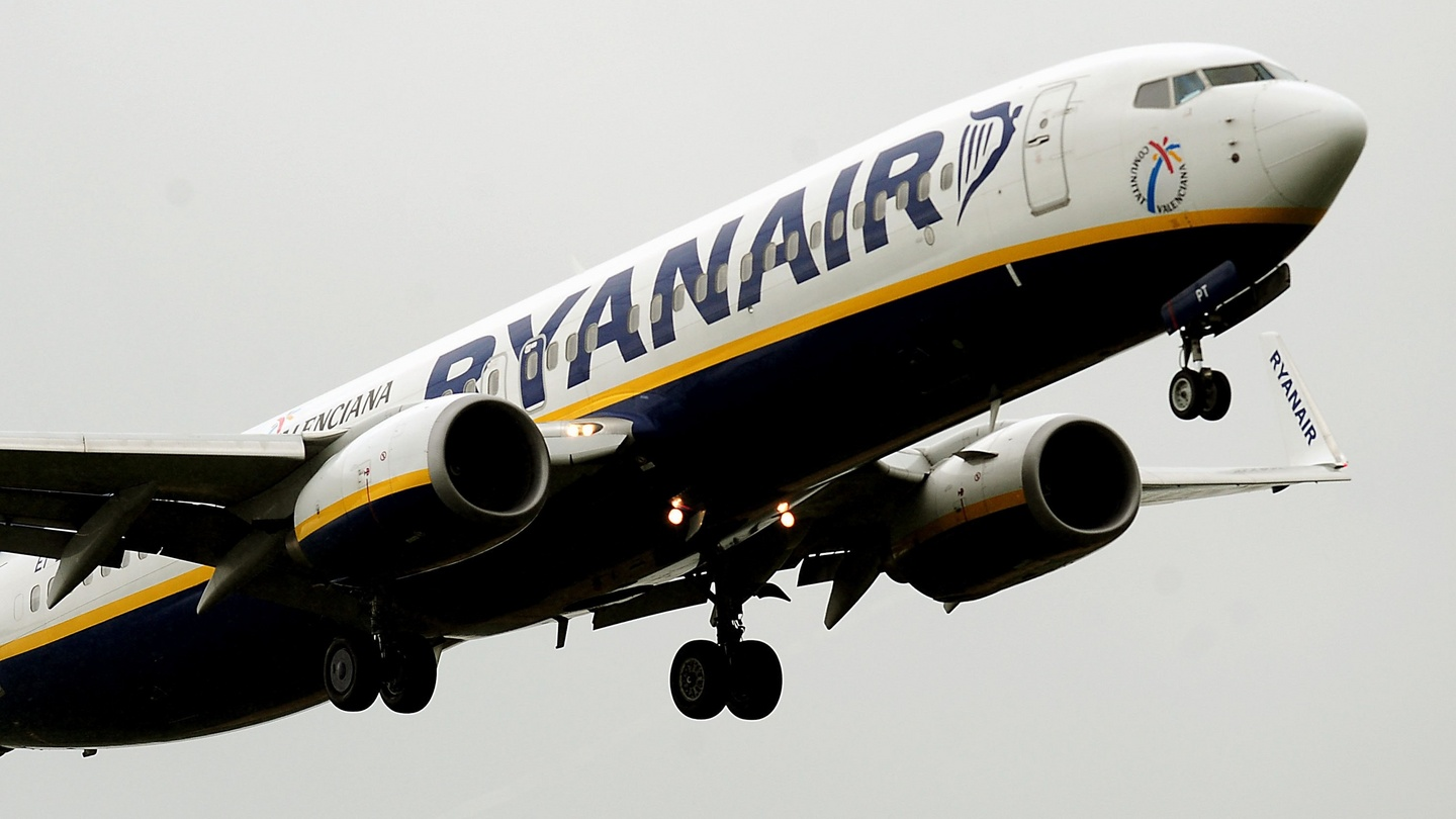 flights to alicante from dublin with ryanair