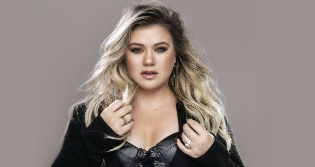 Kelly Clarkson's back on top and Selena Gomez recovers from