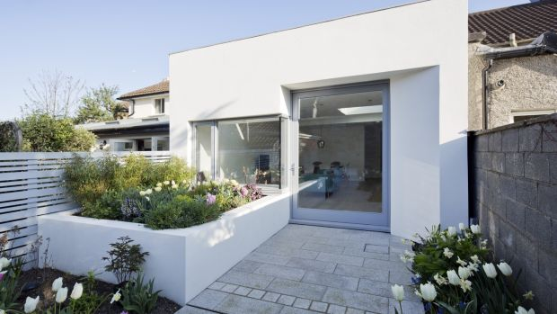 Walled garden house by Architectural Farm