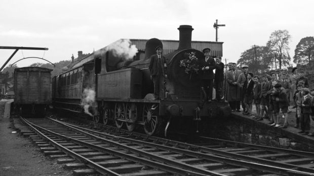A small crowd gathers as the last Sligo Leitrim train leaves Enniskillen Railway Station in Co Fermanagh on September 30th, 1957. Courtesy of JJ Smith Collection – Bluebell Railway