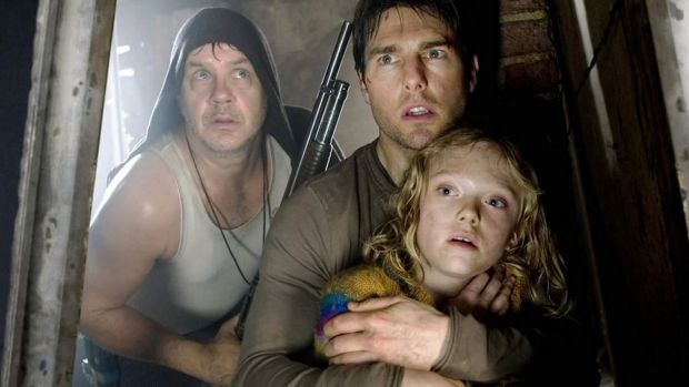 Tim Robbins, Tom Cruise and Dakota Fanning in 'War of the Worlds' (2005). Photograph: Paramount Pictures