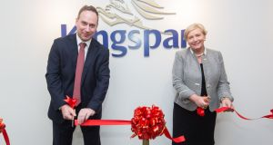Mr Manuel Furer, Kingspan regional managing director for Australasia and Tánaiste and Minister for Business, Enterprise and Innovation Frances Fitzgerald cut the ribbon to officially open Kingspan's first office in Asia.