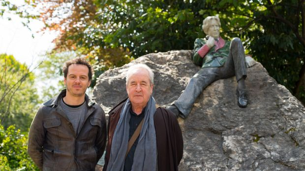 Actor Andrew Scott, left, who performs the script written by writer John Banville, imaging what Oscar Wilde might say to passersby. Photograph: Fáilte Ireland