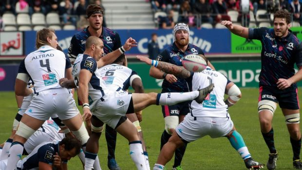 Montpellier's number 8 Ruan Pienaar gets his kick away against Stade Français at The Stade Jean-Bouin in Paris last weekend. Photograph: Jacques Demarthon/AFP/Getty Images