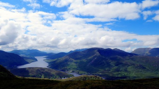 Killary Harbour and Mweelrea, as seen from the vantage point of Magairlí an Deamhain.