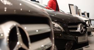 Mercedes-Benz recalling cars over airbag issue