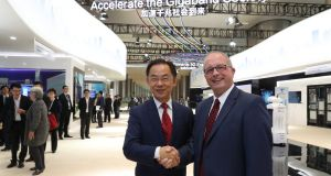 Siro chief executive Sean Atkinson (right) with Ryan Ding, executive director of the board and president of Huawei's carrier business group. The Siro-Huawei joint venture is investing €450 million in building a nationwide FTTB network