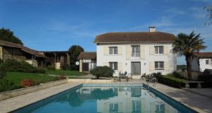 Four-bed with swimming pool in Gers, Midi Pyrenees, France