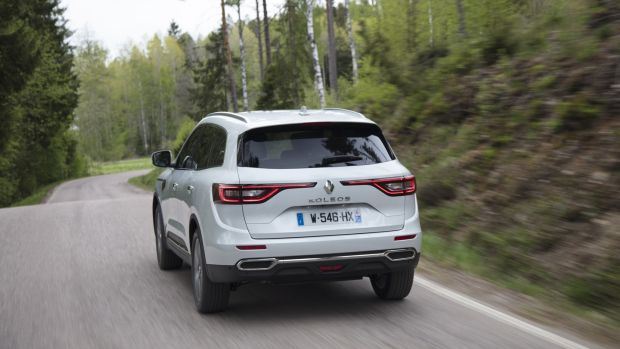Mechanically, underneath, the Koleos is pure X-Trail, so the chassis is all but the same, and it uses the same engines