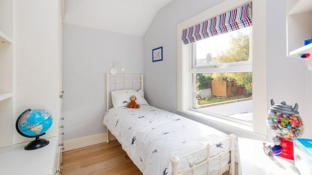 Single bedroom at No 56 Hollybank Road.