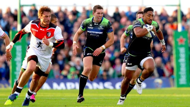Bundee Aki (right): the New Zealand native qualifies for the Ireland squad through the three-year residency ruling. Photograph: James Crombie/Inpho