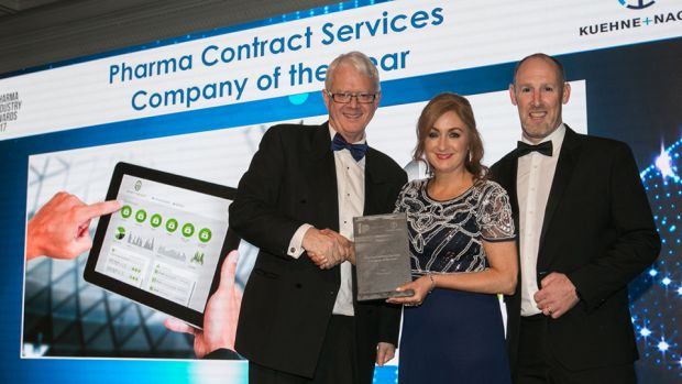 Matt Moran, Director, BioPharmaChem, presents the Pharma Contract Services Company of the Year award to Leonor O'Brien & Ciaran McGowan, Pharmapod