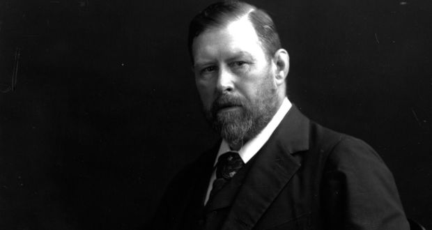 a bloodcurdling row about bram stoker and dracula legacy in dublin
