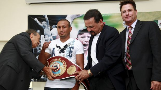 Sean Gibbons (right) with Francisco Varcarcel, Orlando Salido and Luis Perez at the presentation of Salido's WBO featherweight belt in Mexico City in 2011. Photo: Manuel Velasquez/Jam Media/LatinContent/Getty Images