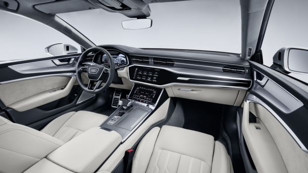 A7 Sportback: the instantly impressive cabin features flush central displays that appear from darkness