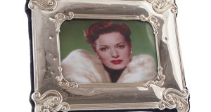 Silver framed photo of Maureen O'Sullivan to be sold in auction.