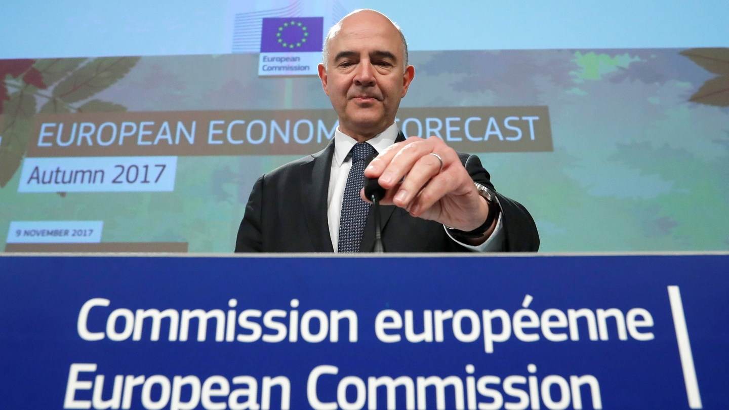 Commission raises forecast for euro economy, is upbeat on Republic