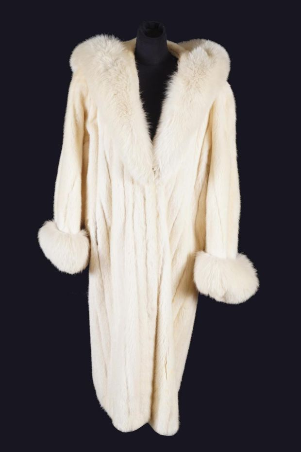 White mink coat trimmed with Arctic fox fur by Christian Dior, €3,000-€5,000