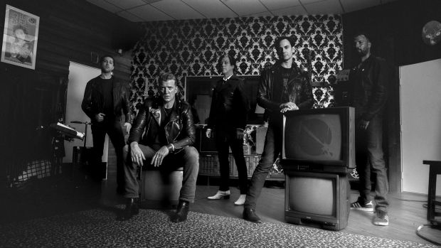 Queens of the Stone Age – slinky mixture of drilled riffs, mutant metal, and a side order of desert blues