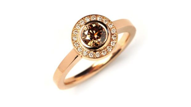 Torn between a diamond and coloured gemstone? Why not consider a chocolate diamond?
