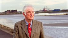 Fintan O'Toole to write Seamus Heaney's official biography