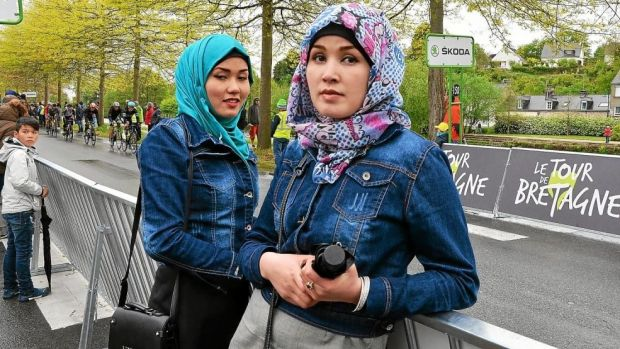 "Zahra Alizada (19) is one of six migrant women students admitted this year. Zahra and her sister Masomah (20) are famous in Afghanistan and minor celebrities in northern France, as ""the Bicycle Sisters"""
