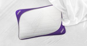 The 'smart' Zee pillow that also promises to be comfortable