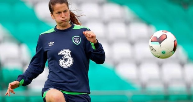 9e6f987cdb1 Ireland's Niamh Fahey plays for Bordeaux in the D1 Feminine - where average  salaries are around